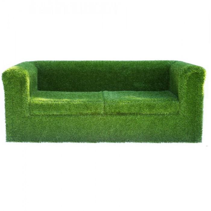 Divano in erba sintetica 158,60€